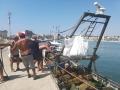 10-Scarico-rifiuti-in-porto